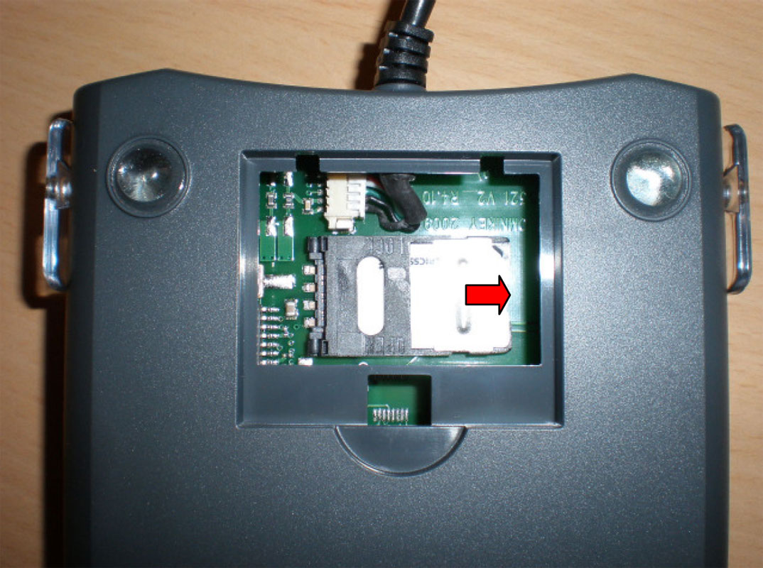 Hid Omnikey 5321 Cl Sam Usb Cardlogix Corporation Black Slot On The Pcbprinted Circuit Board Is To Insert A Sim Card