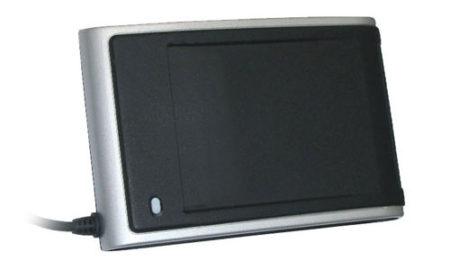 Identiv SCM SDI010 dual-interface smart card reader
